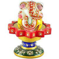 Traditional & Marble Gifts - MG-Marble star revolving chowki