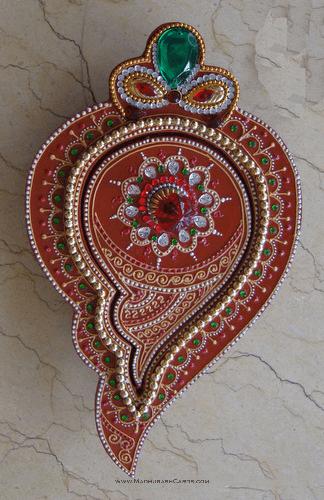 Traditional Gifts - TG-Medium Shankh Box